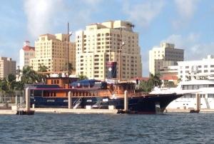 Boat eye candy everywhere!