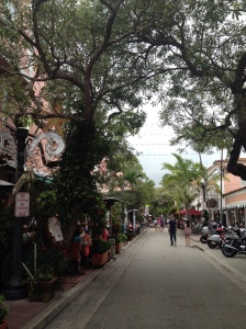 Espanola Way in Miami Beach where we enjoyed a delicious Cuban meal.