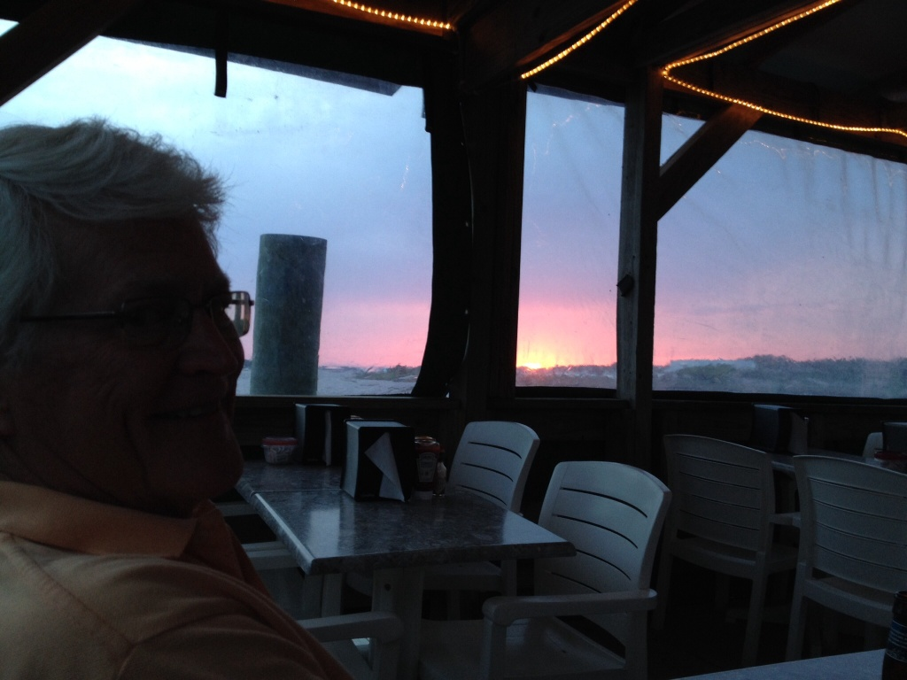 We enjoyed dinner with some new friends at a local eatery. Nice sunset!