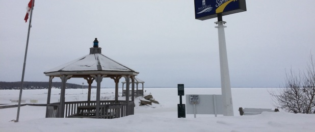 We took a drive to Midland which is right on Georgian Bay, some of the best fresh water cruising, we are told. We checked out a beautiful marina there!! It could be a beautiful home for Eleanor Q if we found ourselves here for a while. Of course you can't see the water for he ice and snow, but that is the bay!
