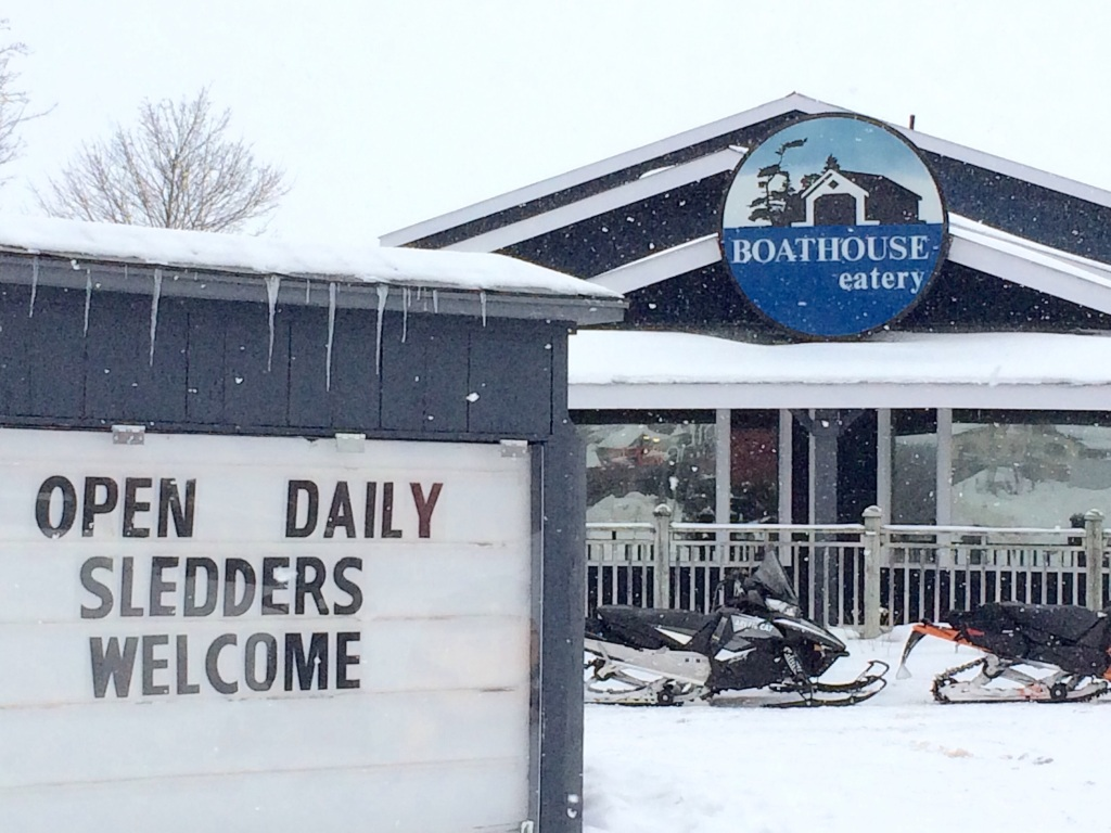 In Midland, we found a restaurant called The Boathouse. We wondered if was open in the winter. The sign gave us our answer.